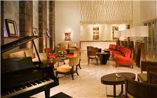 Piano Bar Sección Embajador Familia