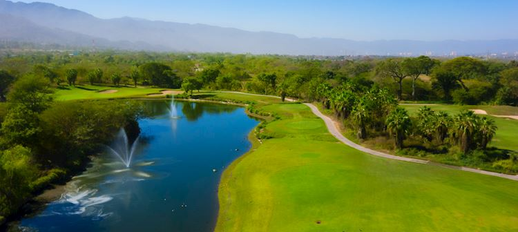 Golf en Grand Velas Riviera Nayarit, México